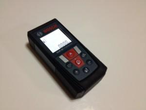 レーザー測量器の写真